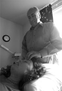 Meir gives Melissa a massage
